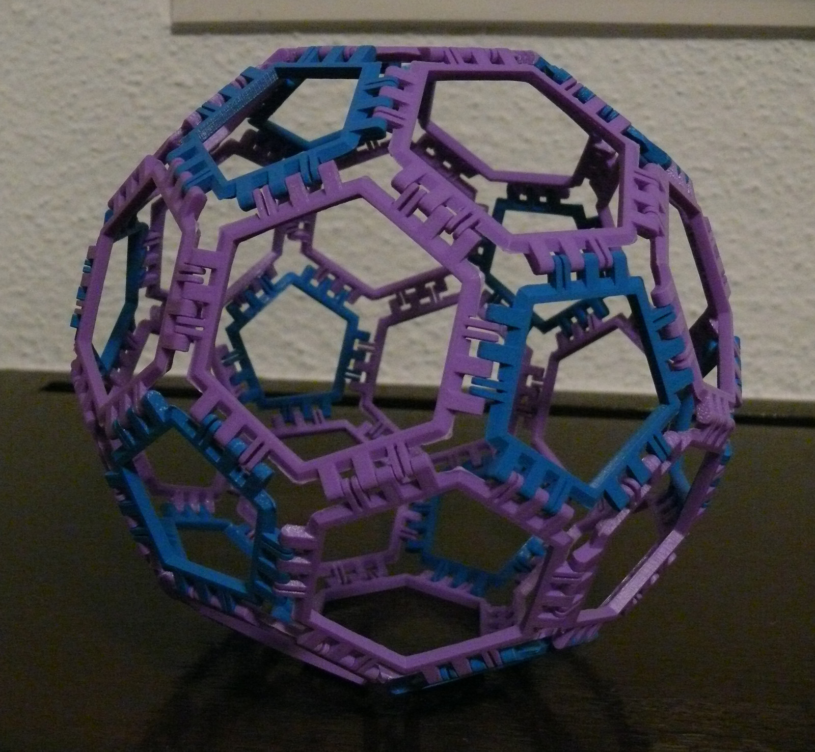 Cover image for article 'Truncated Icosahedron'